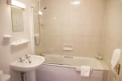 The Queens Hotel - Penzance - Bathroom