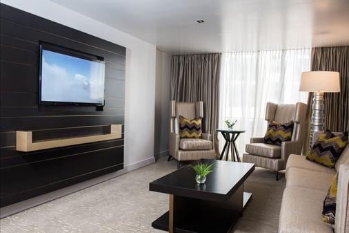 Continental Hotel Panama - Panama City - Living room