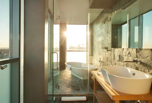 Hotel On Rivington - New York - Bathroom