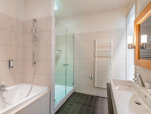 Boutique Hôtel Le Morgane - Chamonix - Bathroom