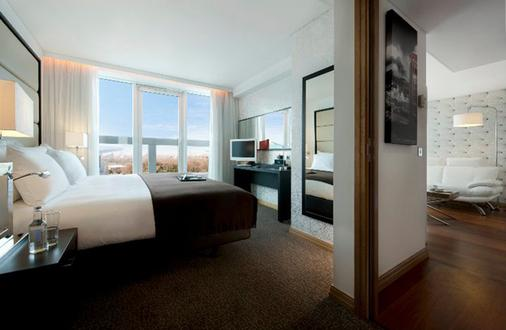 Pestana Chelsea Bridge Hotel & Spa - London - Bedroom