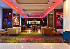 Pestana Chelsea Bridge Hotel & Spa - London - Lobby