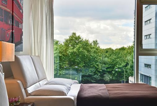 Pestana Chelsea Bridge Hotel & Spa - London