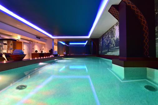Pestana Chelsea Bridge Hotel & Spa - London - Pool