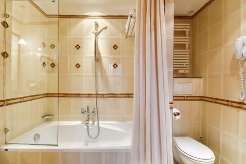 Villa Pantheon - Paris - Bathroom