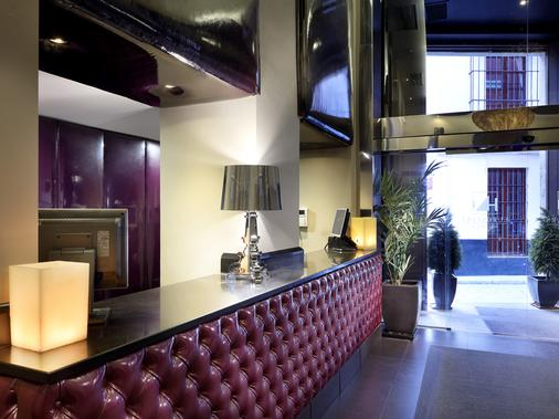 Eurostars Sevilla Boutique - Sevilla - Front desk