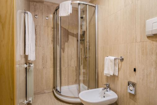 Exe Domus Aurea - Rome - Bathroom