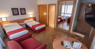 Aparto-Suites Muralto - Madrid - Bedroom