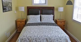 Atlantic Light Inn - Provincetown - Bedroom