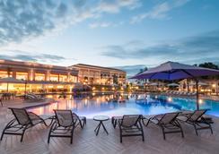 Wish Resort Foz Do Iguacu - Foz do Iguaçu - Pool