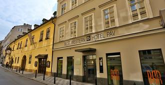 Hotel Pav - Prague - Building