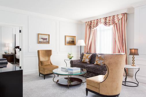 Belmond Charleston Place - Charleston - Living room