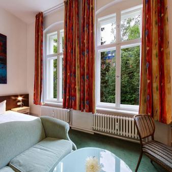 Hotel Tiergarten Berlin - Berlin - Bedroom