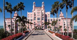 The Don Cesar - Saint Pete Beach - Building