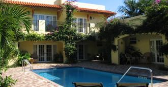 Grandview Gardens Bed & Breakfast - West Palm Beach - Pool