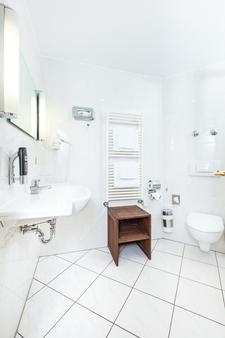 Hotel Servatius Köln - Cologne - Bathroom