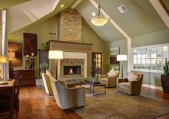 Habitat Suites - Austin - Lobby