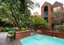 Habitat Suites - Austin - Pool