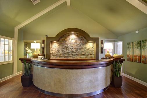 Habitat Suites - Austin - Front desk