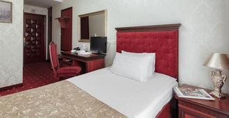 California Boutique Hotel - Odessa - Bedroom