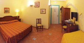 Hotel Mediterraneo - Siracusa - Bedroom