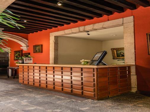 Hotel Mision Catedral Morelia - Morelia - Lobby