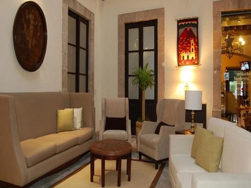 Hotel Mision Catedral Morelia - Morelia - Living room
