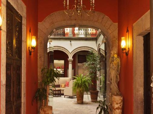 Hotel Mision Catedral Morelia - Morelia - Hallway