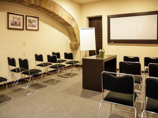 Hotel Mision Catedral Morelia - Morelia - Meeting room