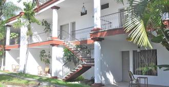 Misión Grand Cuernavaca - Cuernavaca - Building