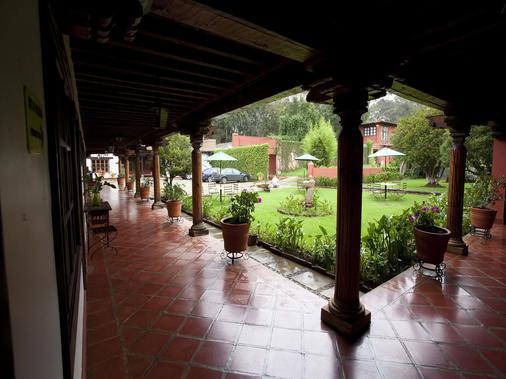 Mision Patzcuaro - Patzcuaro - Hallway