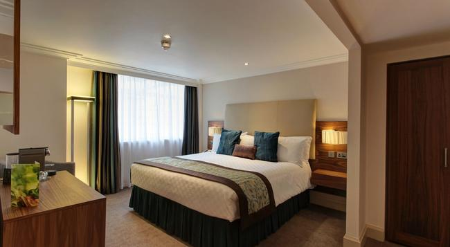 Amba Hotel Marble Arch - London - Bedroom
