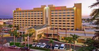 Bakersfield Marriott at the Convention Center - Bakersfield - Building