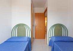 Marina Palace Prestige by Intercorp Hotel Group - Sant Josep de sa Talaia - Bedroom