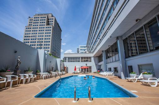 Hotel Espresso Montreal Downtown - Montreal - Pool
