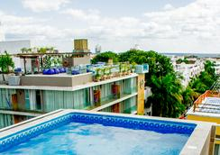 Koox Downtown Family Boutique Hotel - Playa del Carmen - Pool