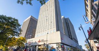 Hôtels Gouverneur Montréal - Montreal - Building