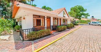 Hotel Ms Campestre La Potra Plus - Villavicencio - Building
