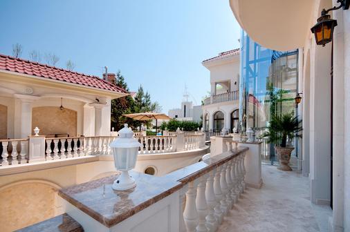 Villa le Premier - Odessa - Outdoor view
