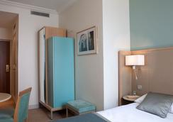 Hotel Corona Opera - Paris - Bedroom