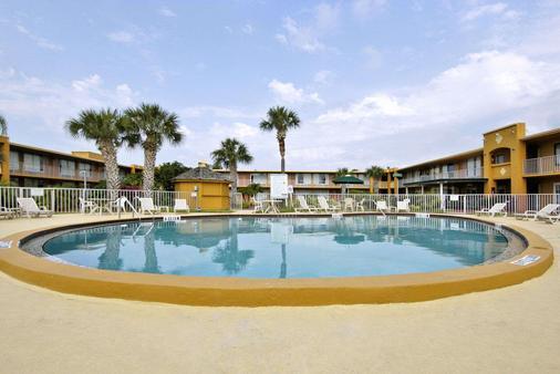 Days Inn Orlando/International Drive - Orlando - Pool