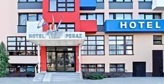 Hotel Pegaz - Bydgoszcz - Building
