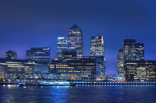 DoubleTree by Hilton London - Docklands Riverside - London - Location