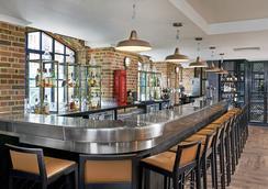 DoubleTree by Hilton London - Docklands Riverside - London - Bar