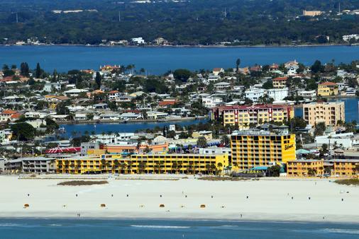 Bilmar Beach Resort - Treasure Island - Building