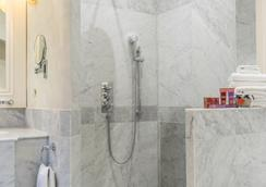 Chatsworth Hotel, a member of Small Luxury Hotels of the world - Eastbourne - Bathroom