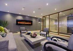 Town Inn Suites Toronto - Toronto - Lobby