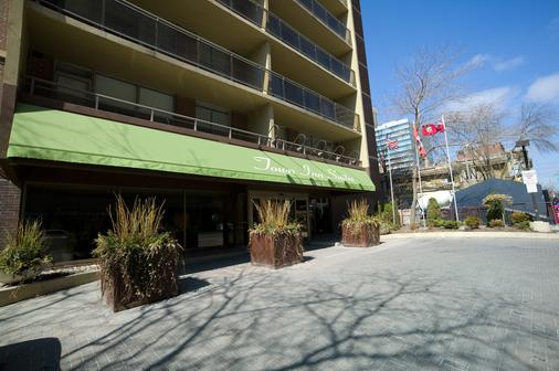 Town Inn Suites - Toronto - Outdoor view