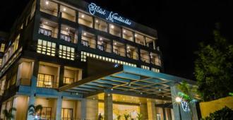 Hotel Monticello - Tagaytay - Building