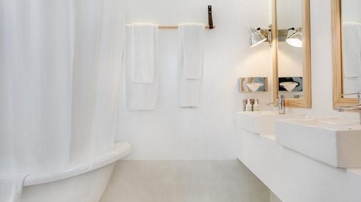 7 Islas Hotel - Madrid - Bathroom
